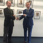 Prof. Dr. Bernecker wird vom Bundesministerium für Bildung und Forschung zum Sachverständigen ernannt