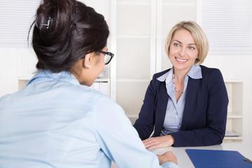 Mitarbeiterbefragung oder persönliches Gespräch