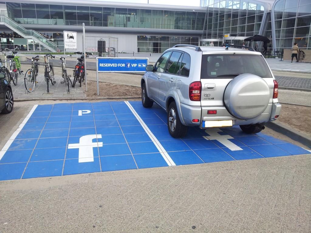 Facebook Parkplatz
